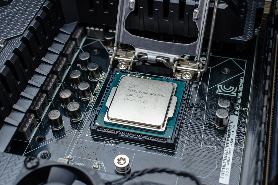 How To Install A Motherboard - Step by Step Guide